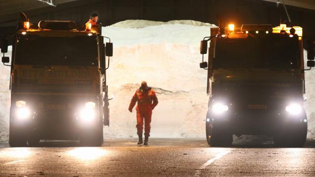 Rijkswaterstaat vult zoutvoorraad aan voor de winter