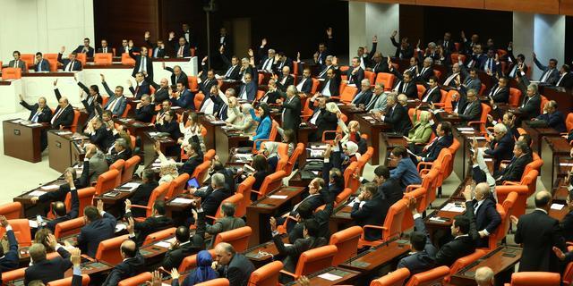 Europese Unie roept Turkije op parlementaire democratie te redden