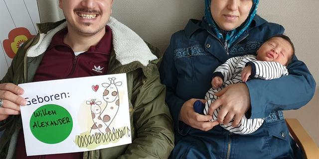 Gevlucht Syrisch stel vernoemt kind uit dankbaarheid naar Willem-Alexander