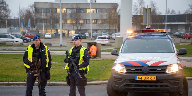 Vliegtuig Schiphol ontruimd na bommelding, geen explosieven gevonden