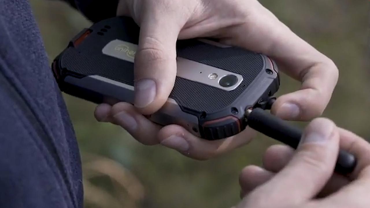 Robuuste smartphone fungeert ook als walkietalkie
