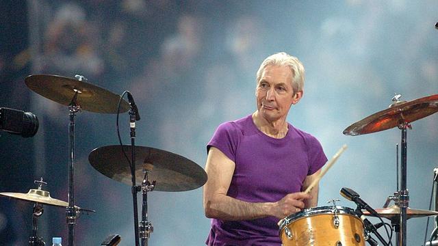 The Rolling Stones traden in februari 2006 op tijdens de rust van de American Football-finale The Super Bowl, met Watts als vanouds op drums. Deze sportwedstrijd is het best bekeken eendaagse sportevenement ter wereld.