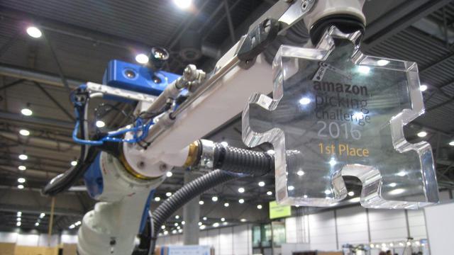 Robot uit Delft wint Amazon-sorteerwedstrijd