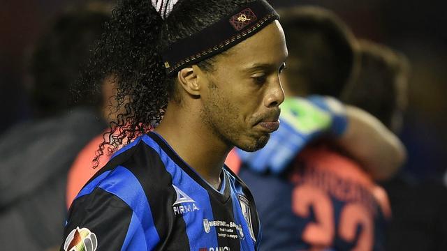 Ronaldinho laat contract bij Mexicaanse Queretaro ontbinden