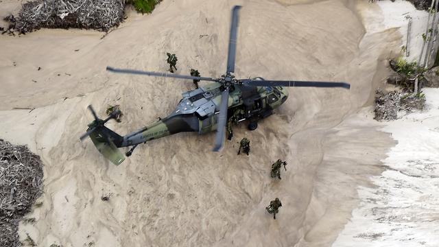 Soldaten Colombia dood na landing met helikopter in mijnenveld