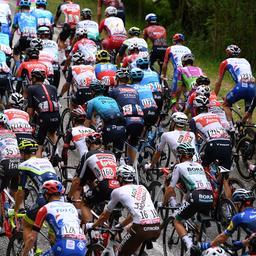 Liveblog Giro   Onrustige start van de etappe, nog geen kopgroep weg