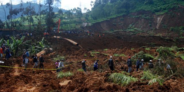 Zes doden door aardverschuivingen in Indonesië