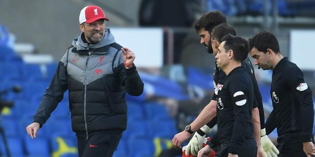 Geïrriteerde Klopp feliciteert verslaggever BT Sport met blessure Milner