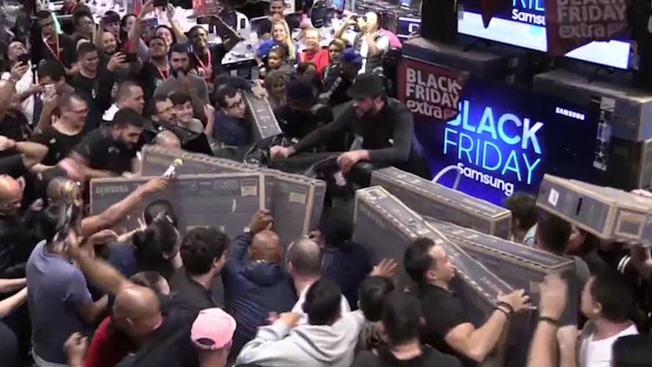 Black Friday Causes Chaotic Scenes In Stores Worldwide Teller Report