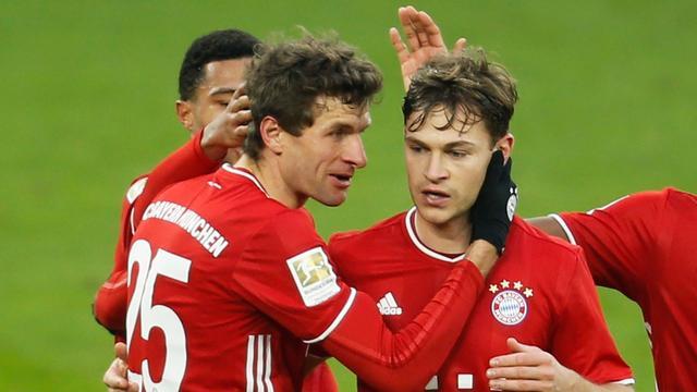 Thomas Müller maakte beide doelpunten op aangeven van Joshua Kimmich.