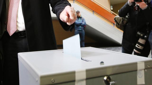Populistische Hofer wint eerste ronde Oostenrijkse presidentsverkiezingen