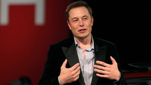 Elon Musk hint naar samenwerking tussen Tesla en Daimler