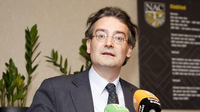 Economisch historicus Bas van Bavel krijgt Spinozapremie