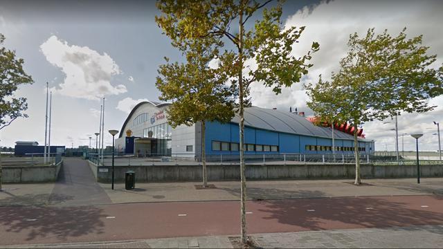 Tien jongeren krijgen toegangsverbod voor zwembad in Bergen op Zoom