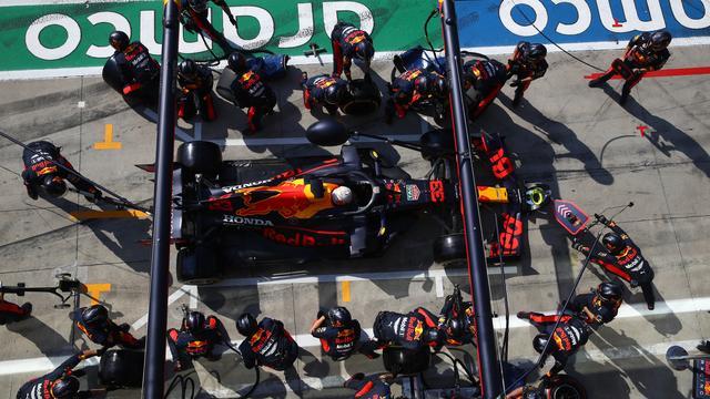 Verstappen na uitvalbeurt in Monza: 'Belachelijk, echt een aanfluiting'