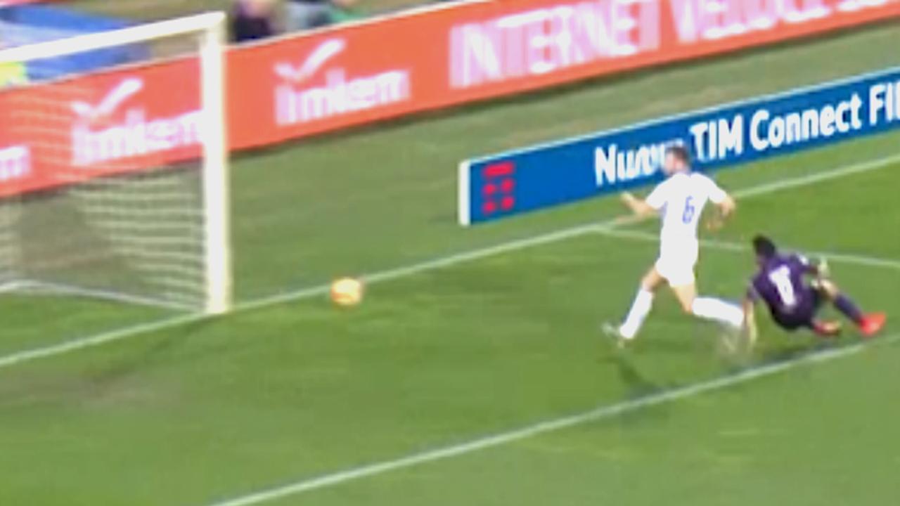 Stefan de Vrij maakt na zestien seconden eigen goal tegen Fiorentina