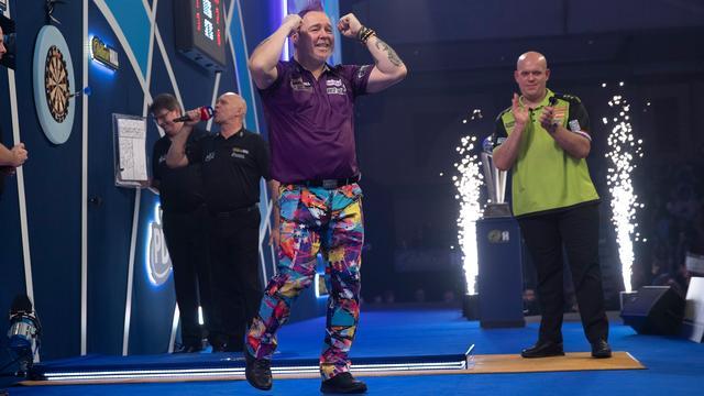 Van Gerwen verliest na meeslepend gevecht van Wright in finale WK darts