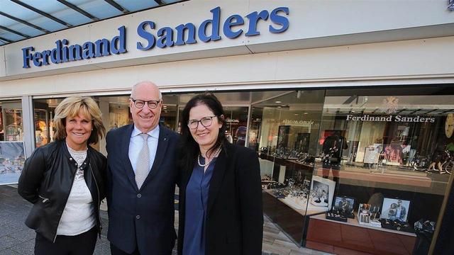 Juwelier Sanders in winkelcentrum WoensXL blijft toch open