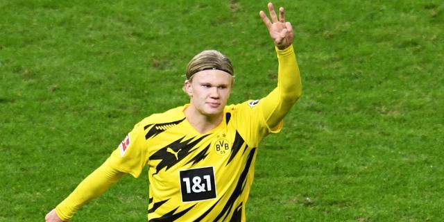 Vier goals Haaland bij winst Dortmund, zeldzame misstap Bayern tegen Werder
