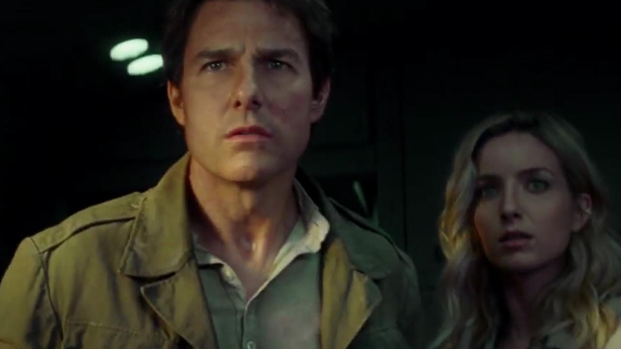 Tom Cruise stort neer in trailer The Mummy