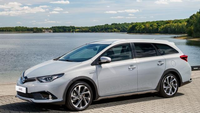 Toyota maakt prijs Auris TS Freestyle bekend