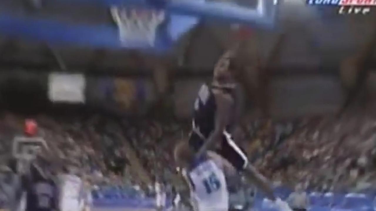 Vince Carter 41 jaar: Zijn tien mooiste dunks in de NBA