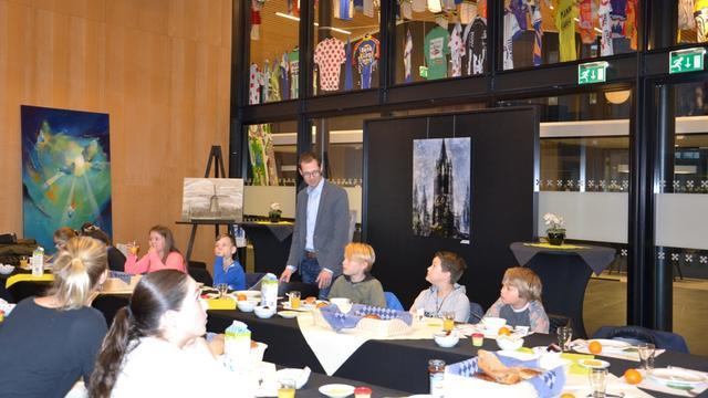 Scholieren Het Palet ontbijten met burgemeester