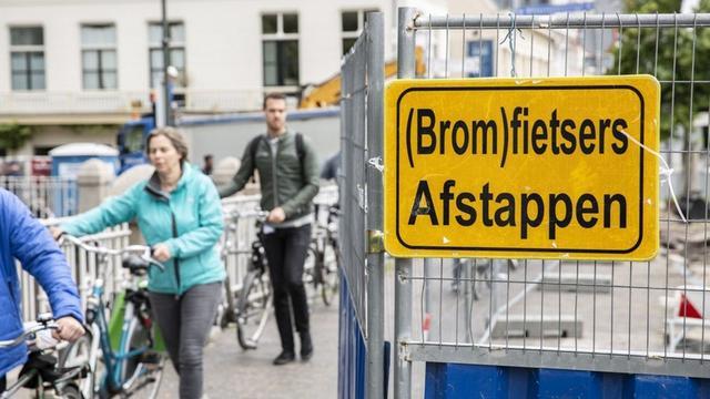 Gemeente spreekt aannemer aan op werkzaamheden kruispunt Biltstraat