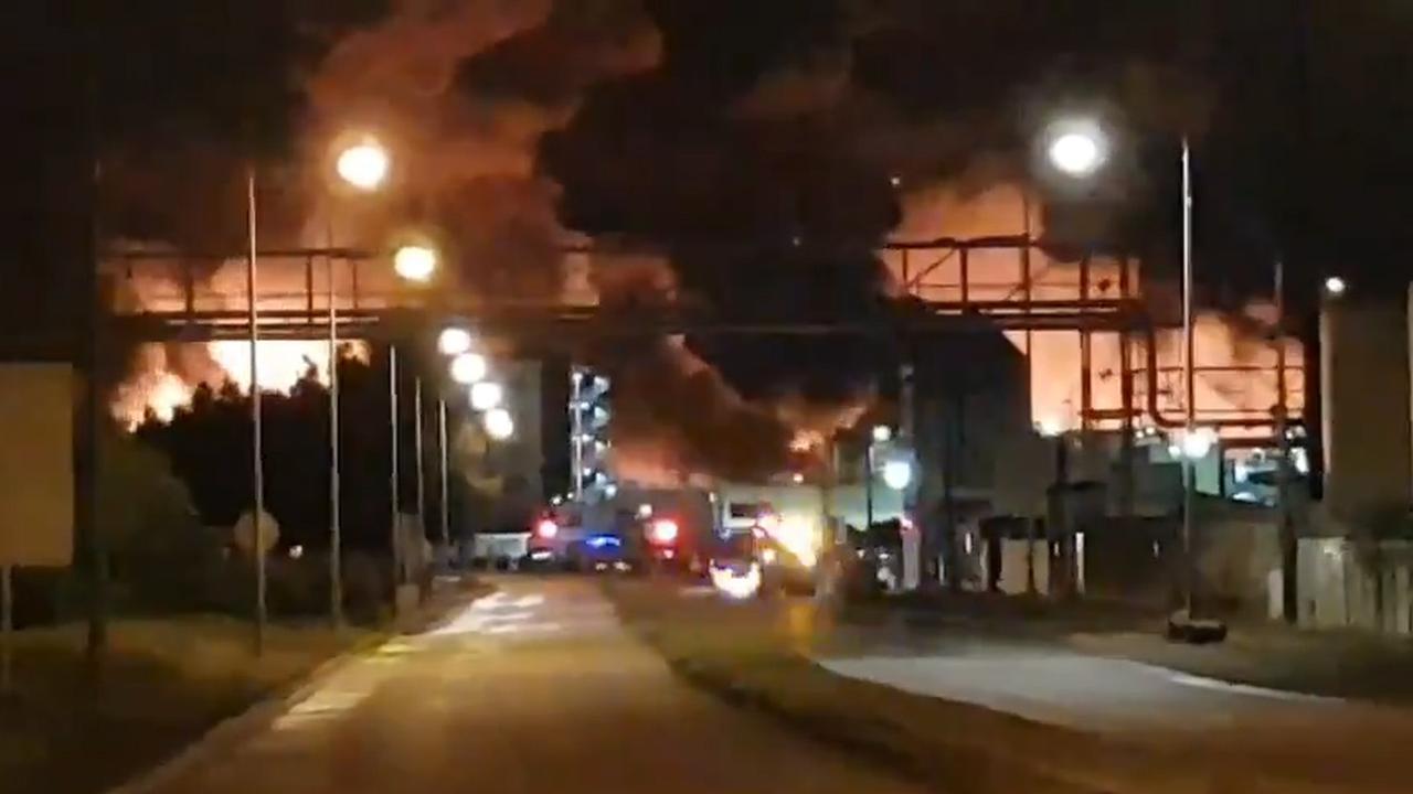 Grote brand breekt uit bij chemische fabriek in Frankrijk