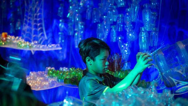 Museum Volkenkunde zoekt zesduizend plastic flessen voor kunstwerk