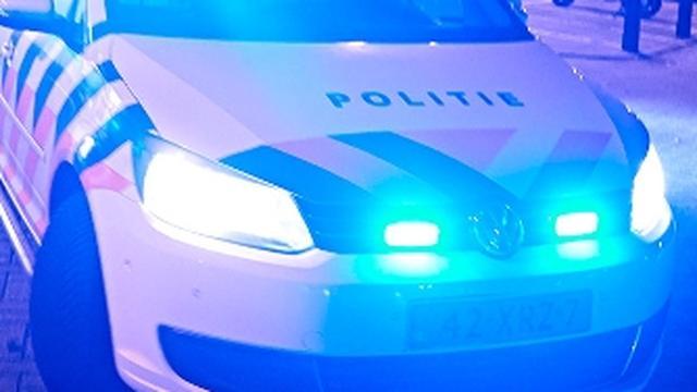 Bestuurder leaseauto vlucht na eenzijdige aanrijding op Slachthuisstraat