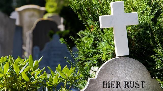 Meeste Nederlanders willen accounts van overleden familie niet beheren