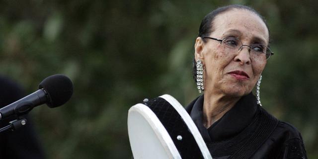 Marokkaanse zangeres Hajja Hamdaouia op 91-jarige leeftijd overleden