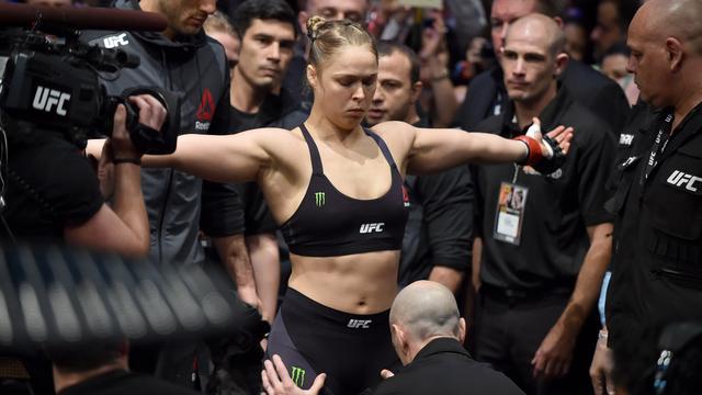 Voormalig UFC-kampioene Ronda Rousey maakt overstap naar WWE