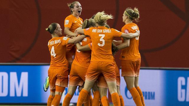 Oranjevrouwen in achtste finales tegen wereldkampioen Japan