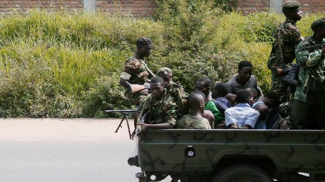 'Autoriteiten Burundi voeren etnische zuivering binnen leger door'