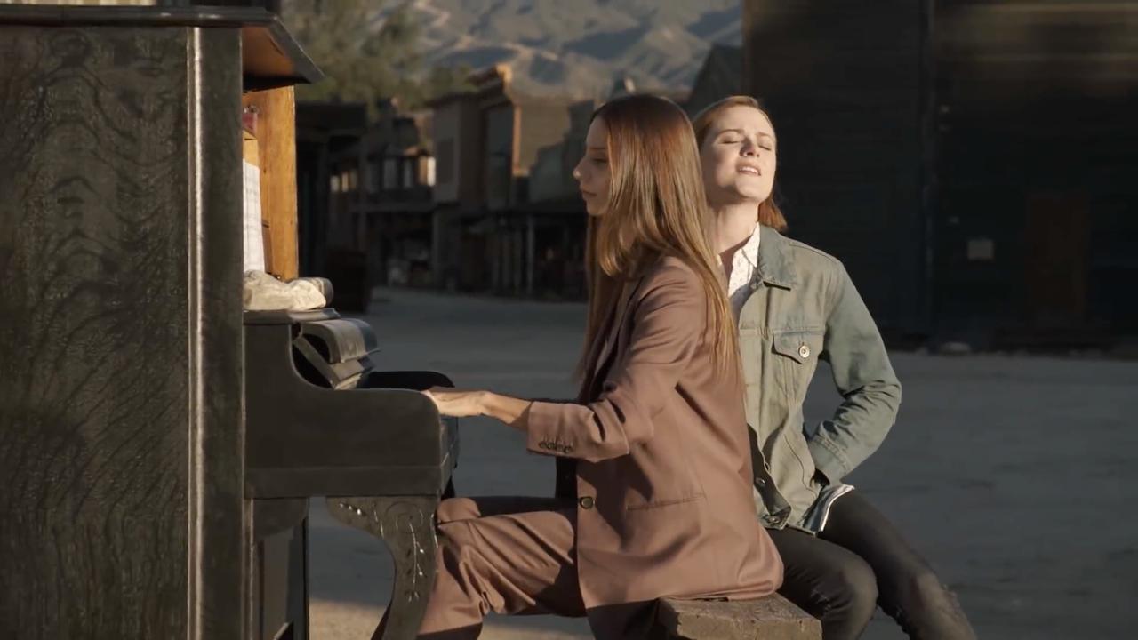 piano dating gidshook up geluid Bar