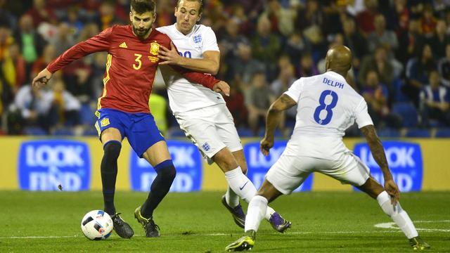 Spanje verslaat Engeland, België wint oefenduel met Italië