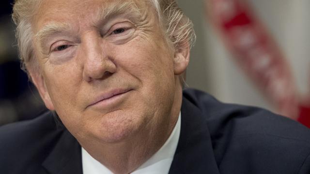'Trump wil samenwerking Amerikaanse bedrijven met Huawei verbieden'