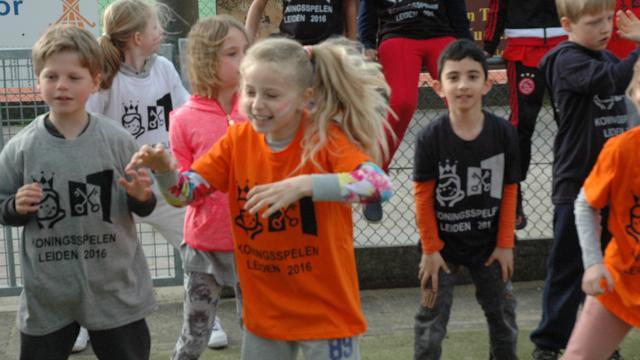 Sportief feestje voor Leidse basisscholieren: Koningsspelen van start