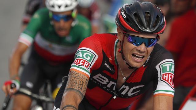 Roche vergelijkt benen met twee blokken cement na tijdverlies in Vuelta
