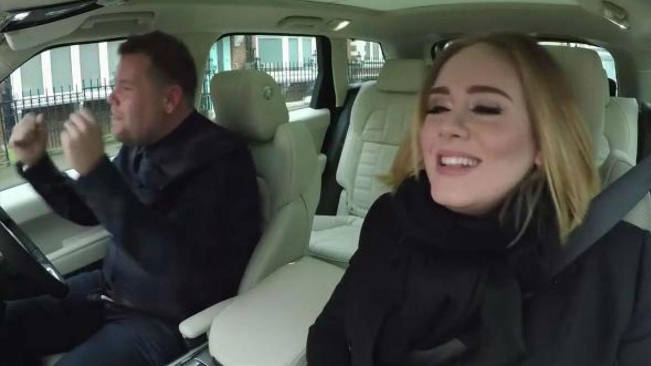 Adele doet carpool karaoke met James Corden