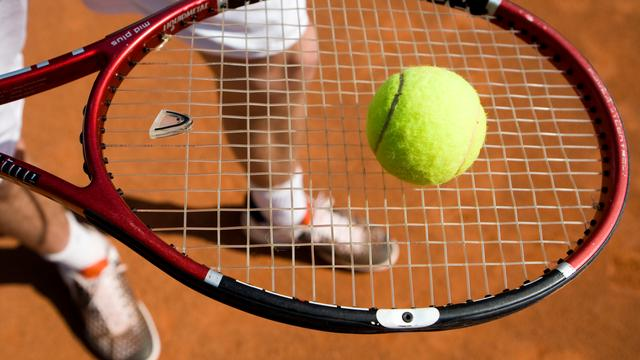 Tennisbanen in Kruiningen en Rilland gerenoveerd