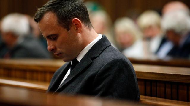 Aanklagers in hoger beroep om 'te lage straf' Pistorius voor moord vriendin