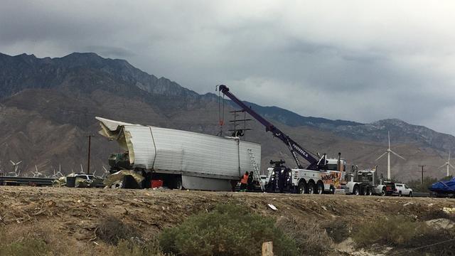 Dertien doden bij ernstig busongeluk in Californië