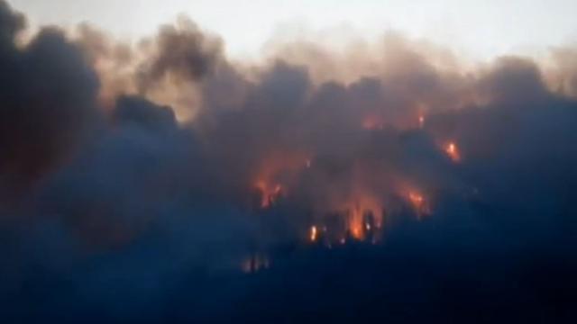 Ruim 10.000 mensen geëvacueerd vanwege bosbranden Canada