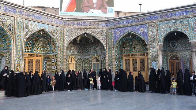 Opkomst verkiezingen Iran is ongeveer 70 procent