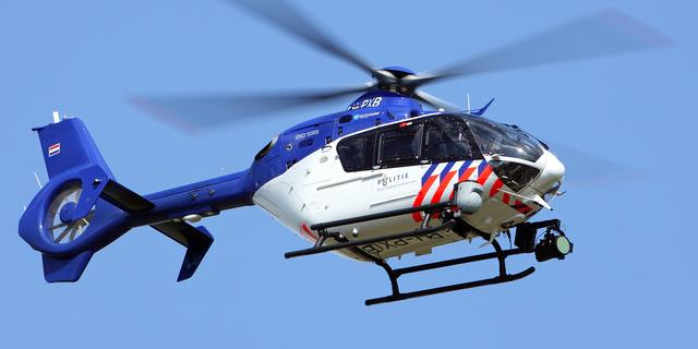 Politiehelikopter ingezet bij zoektocht naar inbrekers in Zuidoost
