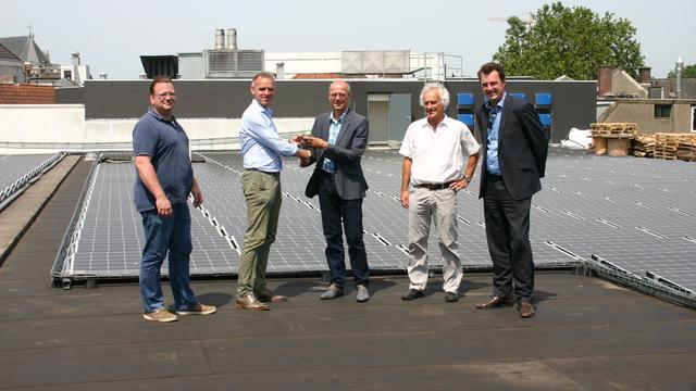 Zonnedak Nieuwe Veste Breda officieel geopend
