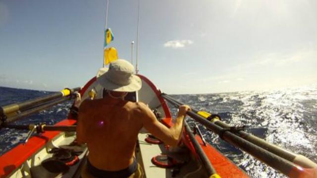 Britse avonturier roeit in zeven maanden van VS naar Australië
